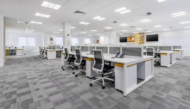 Why Is It Important To Keep Your Office Clean? featured image