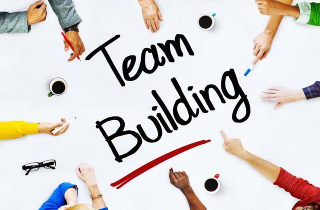 4 Common Team Building Mistakes To Avoid featured image
