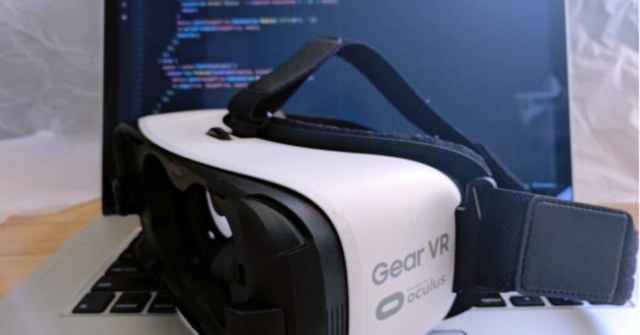 The Evolution of React - React VR & React Fiber featured image