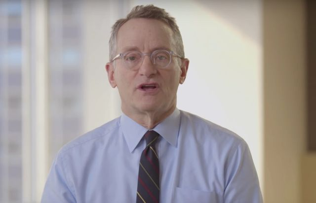 Investor Howard Marks: Cryptocurrencies Aren't Real featured image