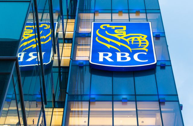 RBC explores blockchain to automate credit scrores featured image