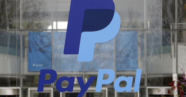 PayPal makes a move toward traditional banking featured image