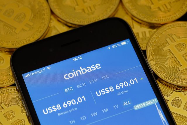 Coinbase acquires broker-dealer in push to sell securities featured image
