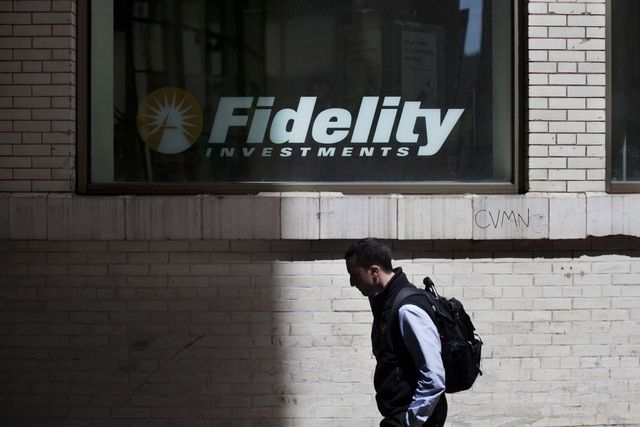 Free Fidelity funds stoke price war in bid to catch index giants featured image