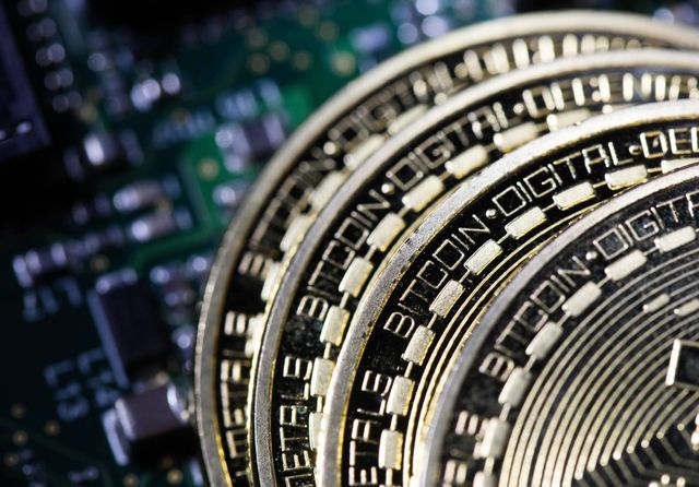 A Verbal Cryptobrawl Breaks Out at Milken Over Bitcoin's Future featured image