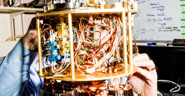 Yale Professors Race Google and IBM to the First Quantum Computer featured image