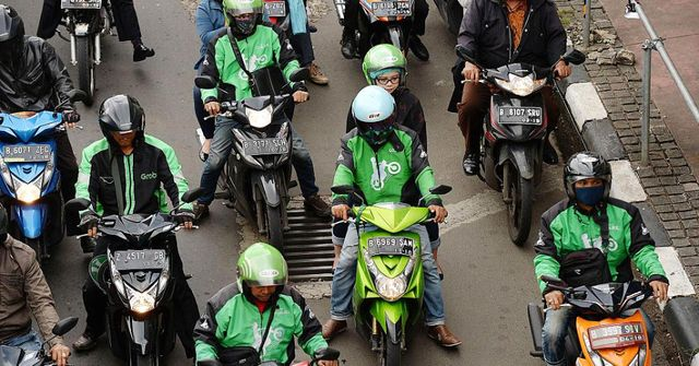 Uber rival Go-Jek drives payments push with acquisition of three fintech start-ups featured image