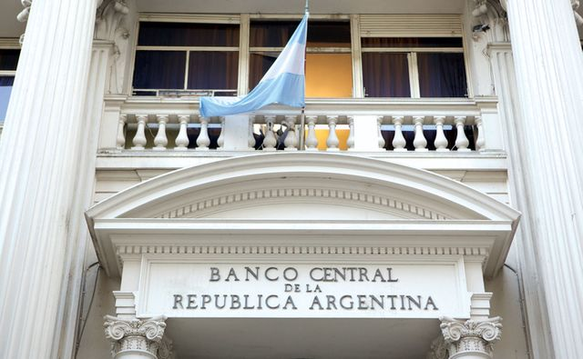 Argentina's Central Bank Trials Blockchain for New Interbank Settlement Layer featured image