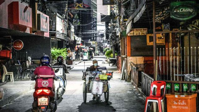 New COVID waves delay economic recovery in Southeast Asia featured image