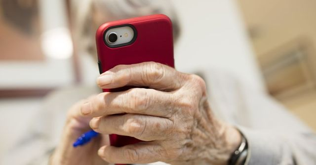 New Financial Apps Aim to Protect the Elderly featured image