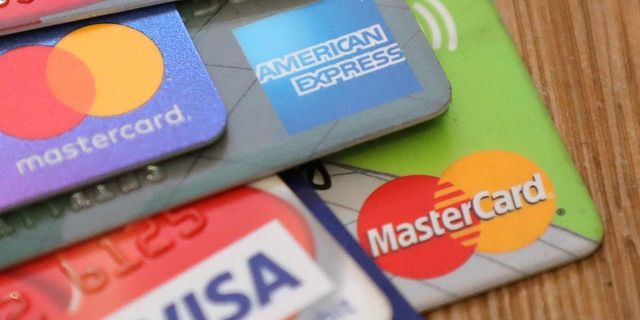 Credit-Card Debt in U.S. Rises to Record $930 Billion featured image