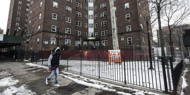 Counting Rent Would Improve Credit Scores of Public-Housing Residents, HUD Finds featured image