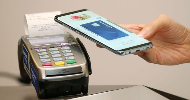 Samsung will launch a Samsung Pay debit card this summer featured image