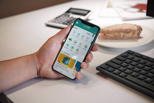 Grab launches micro-investment, third-party loan and BNPL offerings featured image