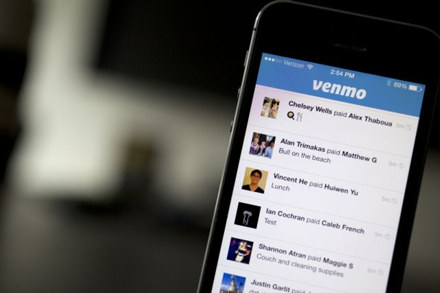 Venmo adds a check-cashing feature, waives fees for stimulus checks featured image