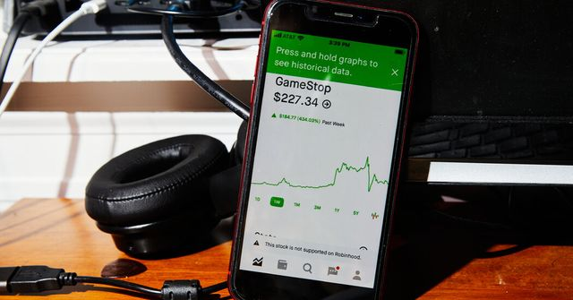 Robinhood, in need of cash, raises $1b from its investors featured image