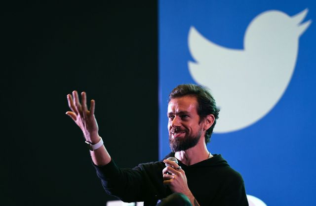 Jack Dorsey is offering to sell the first tweet as an NFT and the highest bid is $2.5m featured image