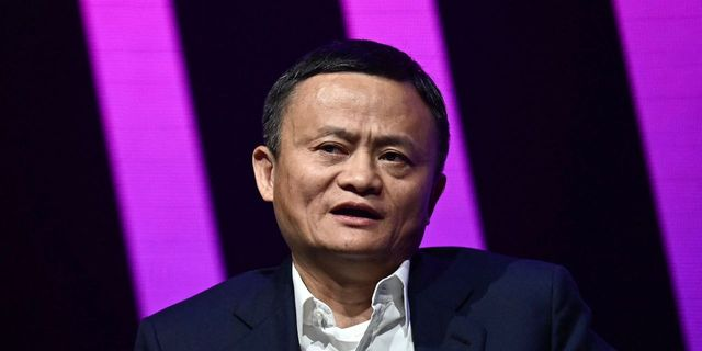 Jack Ma's Ant Group bows to Beijing with company overhaul featured image