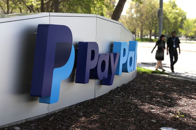PayPal is exploring a stock-trading platform for U.S. customers featured image