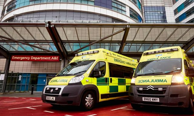Doctors urge people not to delay going to hospital featured image