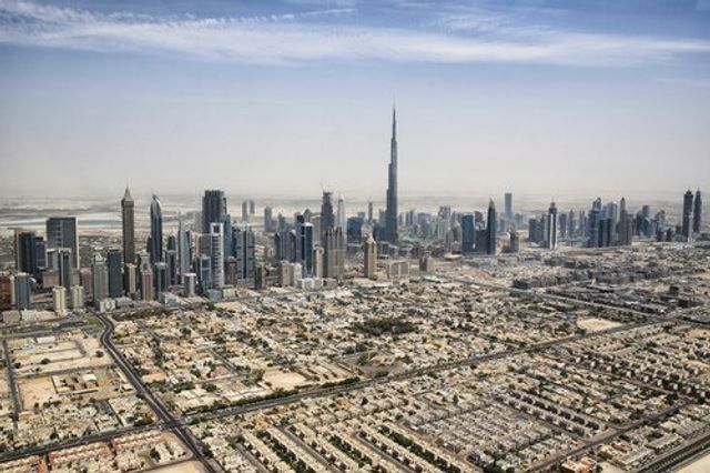 Dubai Land Department to conduct all transactions through blockchain featured image