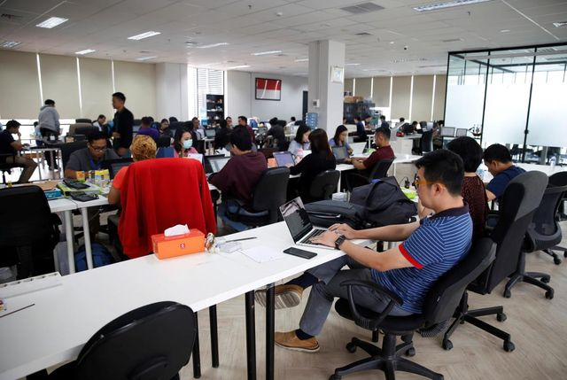 Indonesia's fintech lending boom exploits shortfall in bank loans featured image