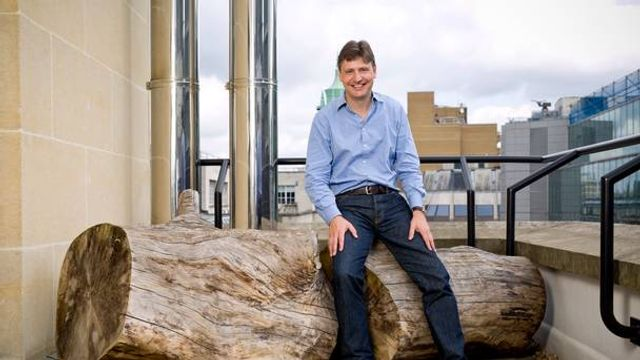 Zopa chairman Giles Andrew to step down after 15 years featured image