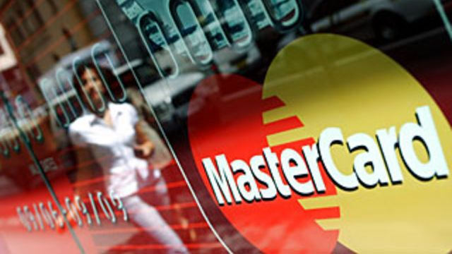 Mastercard pushes into AI-powered data-management services featured image