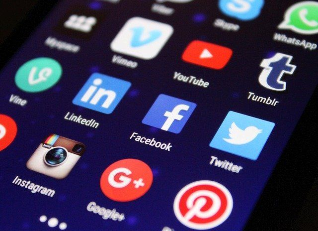 Trustees and social media: a guide on how to act featured image