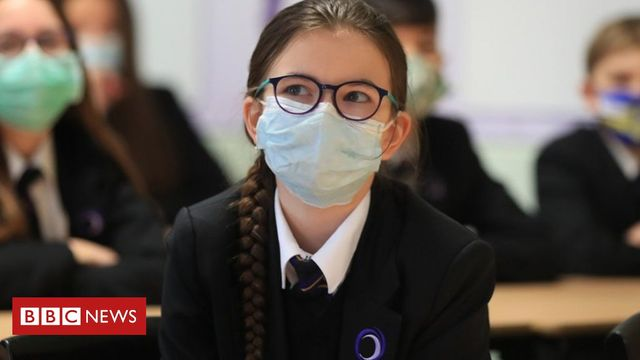 New rules on face masks - another health and safety landmine for schools and colleges to navigate featured image