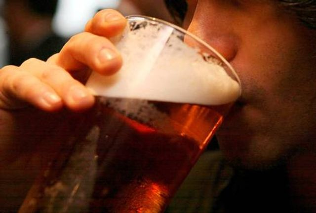 Alcohol can now be served on Good Friday but can I apply for a late night licence? featured image