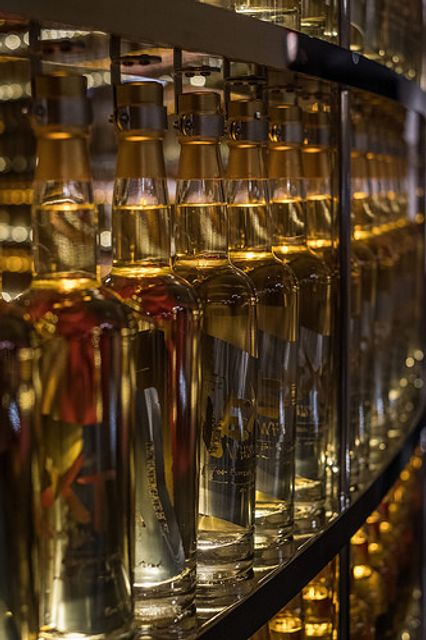 Irish Whiskey exports up 19.9% in first seven months of 2017 – So, how do I set up a distillery? featured image