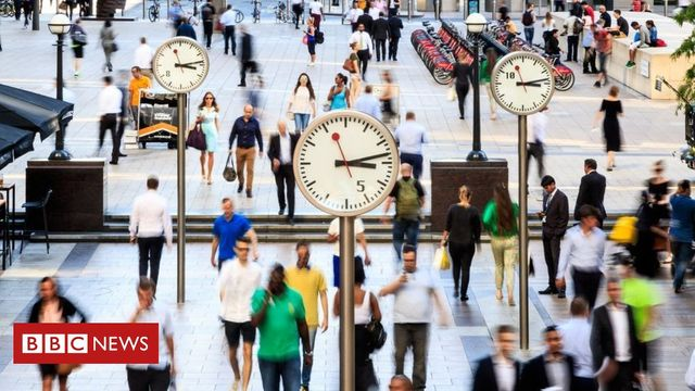 UK employment hits a record high featured image