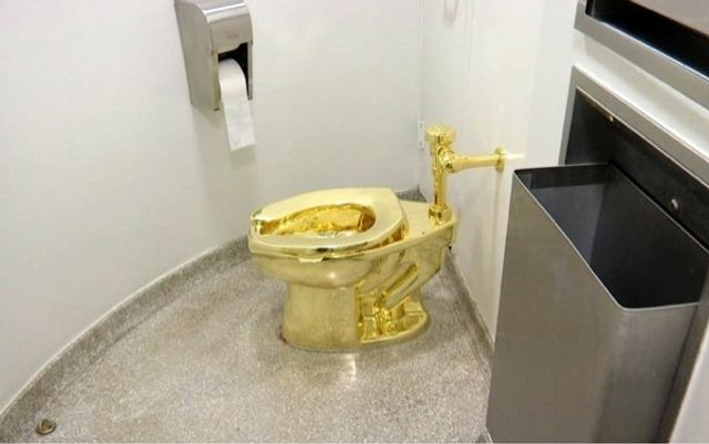 Toilet Seats and Golf Clubs - What Would You Fight For In A Divorce? featured image
