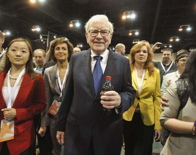 Buffett's Big Idea: Women and non-wealthy directors on boards featured image