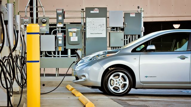 How will China's new aggressive electric car rules drive governments around the world to keep up? featured image