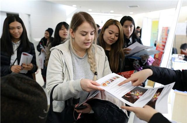 Global talent flocking to work in China featured image