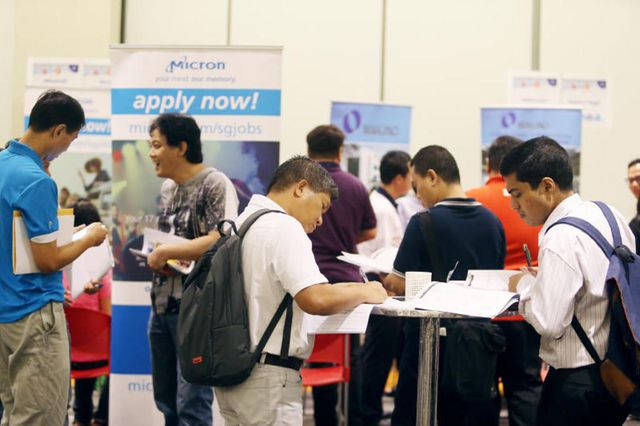 500 more companies added to government watch list in Singapore for not doing enough to hire local talent featured image