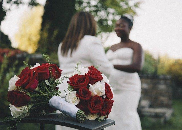 What's the connection between weddings and relocation? featured image