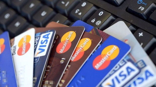 Credit and debit card surcharges to be banned featured image