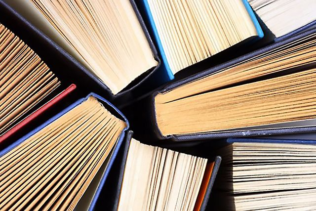 The Top 10 Books Every Leader Must Read featured image