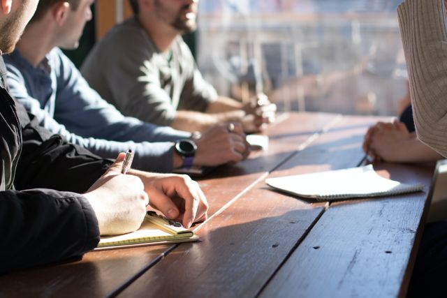 3 Leadership Best Practices to Empower Your Workforce featured image
