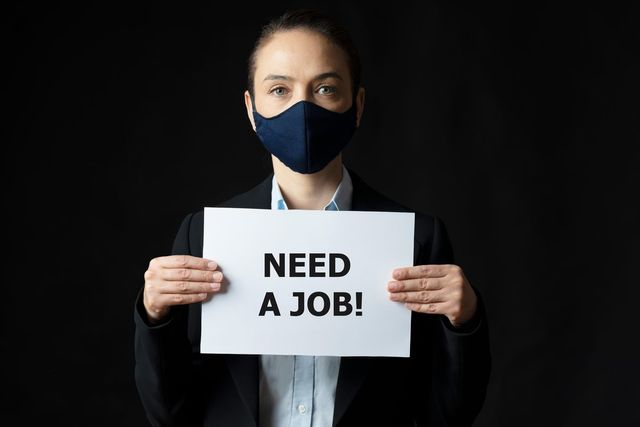 What leaders should be doing to get proactive with their job search featured image