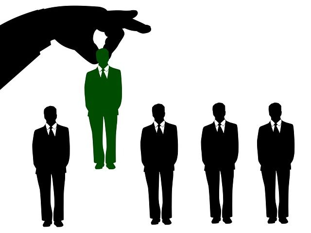 HOW TO RECRUIT BRILLIANT SALESPEOPLE featured image