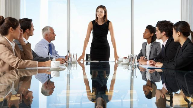 The differences between a manager and leader, and differences in the interview approach you should take. featured image