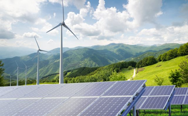Governments' clean energy push to benefit private sector featured image