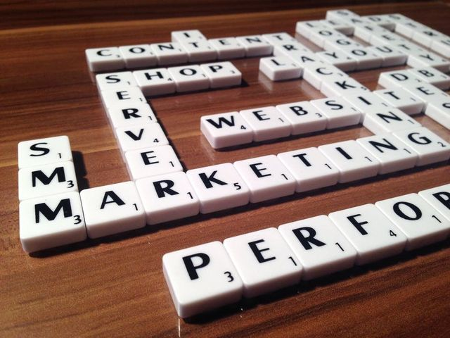 5 Killer Stats and What They Mean for B2B Marketing featured image