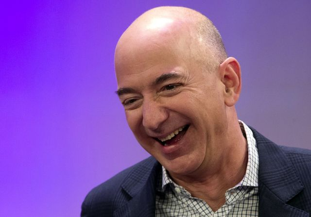 Jeff Bezos on the importance of communication and getting everyone involved featured image