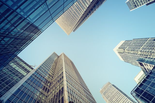 Commercial property investors in UK continue to enjoy good returns featured image