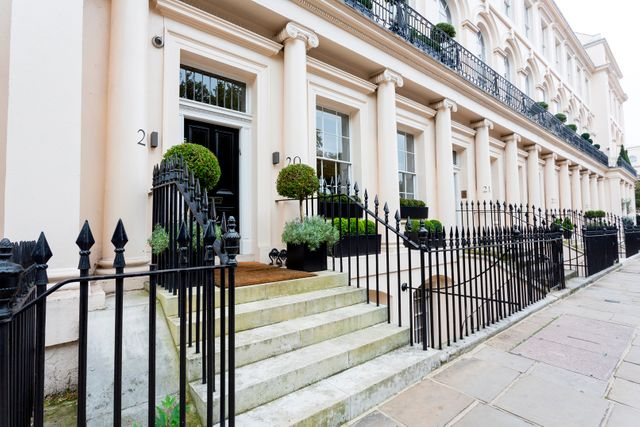 Demand for prime Central London rental properties grow featured image